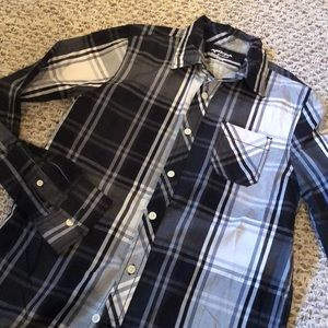 Arizona long sleeved button shirt